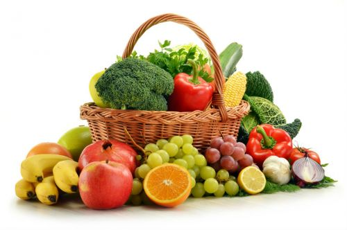 Свежие овощи и фрукты
